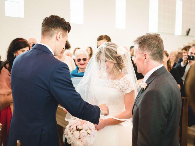 Il matrimonio di Edoardo e Eleonora a Besozzo, Varese 16