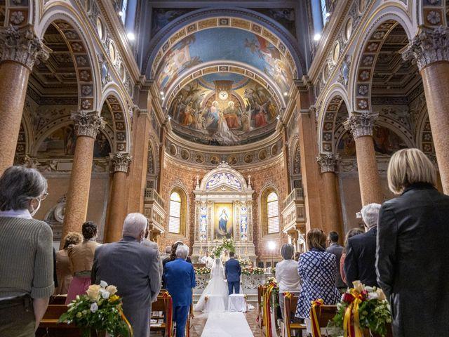 Il matrimonio di Sofia e Emanuele a Macerata, Macerata 16