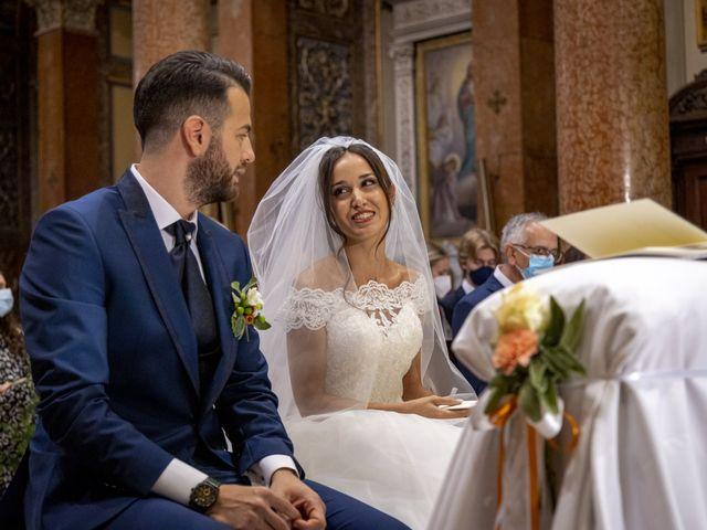 Il matrimonio di Sofia e Emanuele a Macerata, Macerata 17