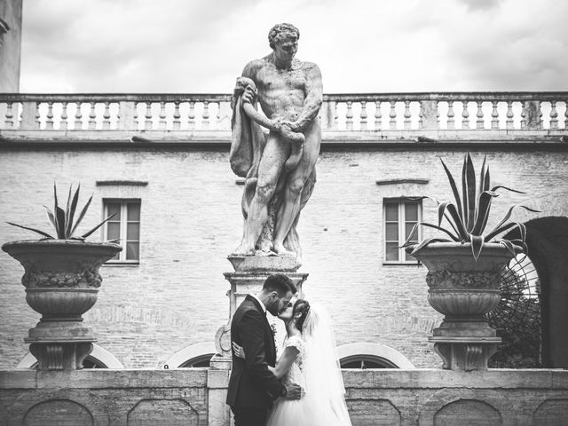 Il matrimonio di Sofia e Emanuele a Macerata, Macerata 25