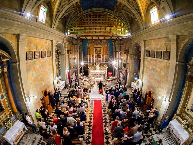 Il matrimonio di Lorenzo e Martina a Borgo a Mozzano, Lucca 4
