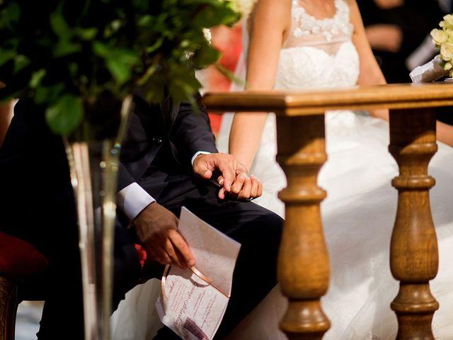 Il matrimonio di Lorenzo e Martina a Borgo a Mozzano, Lucca 31