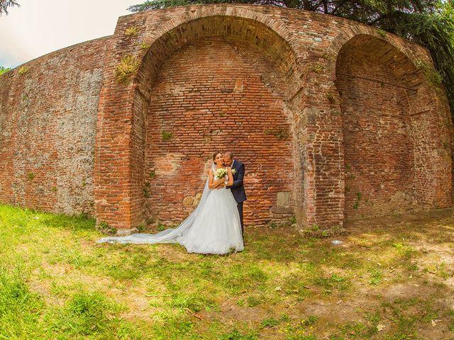 Il matrimonio di Lorenzo e Martina a Borgo a Mozzano, Lucca 18