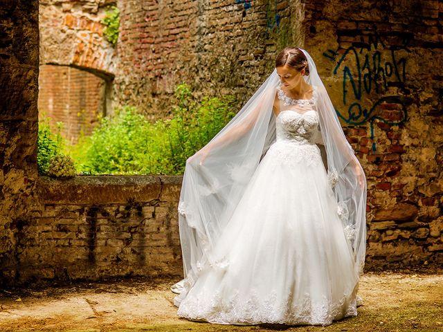 Il matrimonio di Lorenzo e Martina a Borgo a Mozzano, Lucca 40