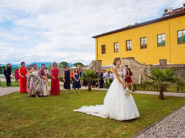 Il matrimonio di Lorenzo e Martina a Borgo a Mozzano, Lucca 51