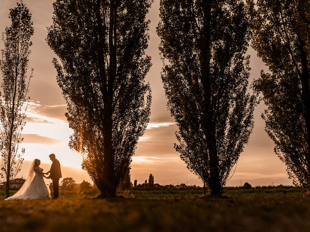 Il matrimonio di Mattia e Daniela a Cesenatico, Forlì-Cesena 31