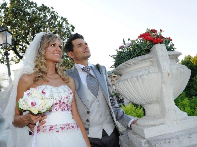 Il matrimonio di Gianluigi  e Ilaria a Camerano, Ancona 5