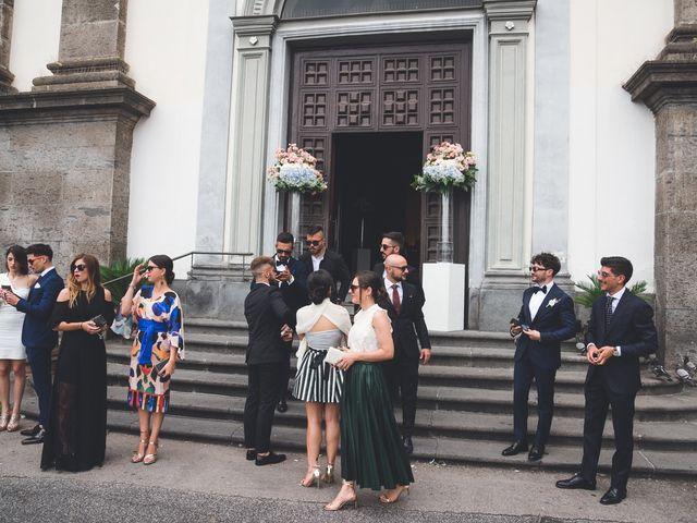 Il matrimonio di Crescenzo e Sabrina a Frattaminore, Napoli 9