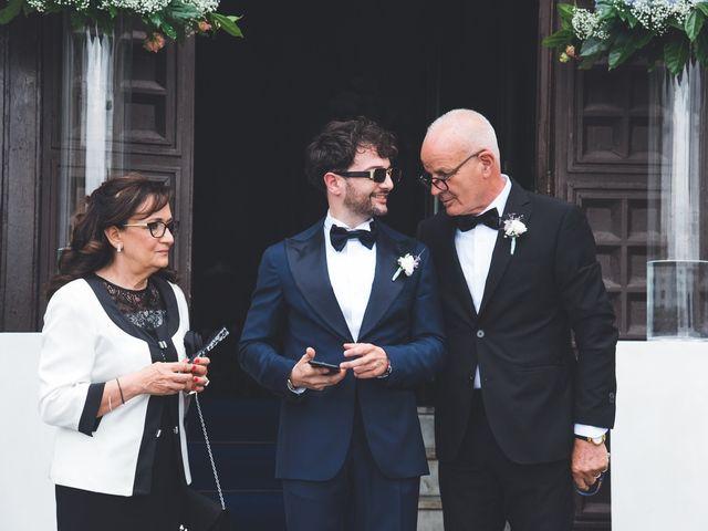Il matrimonio di Crescenzo e Sabrina a Frattaminore, Napoli 10