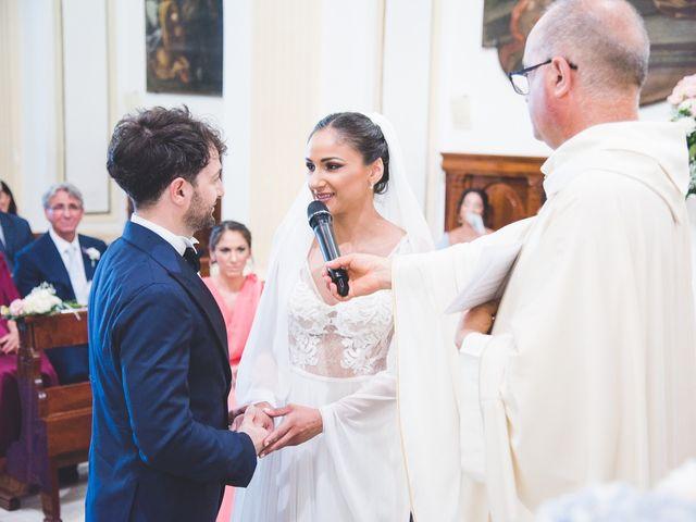 Il matrimonio di Crescenzo e Sabrina a Frattaminore, Napoli 16