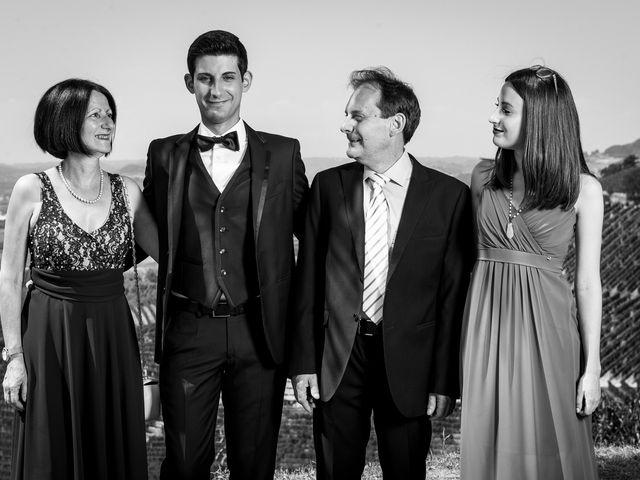 Il matrimonio di Emanuele e Juanchi a Cherasco, Cuneo 15