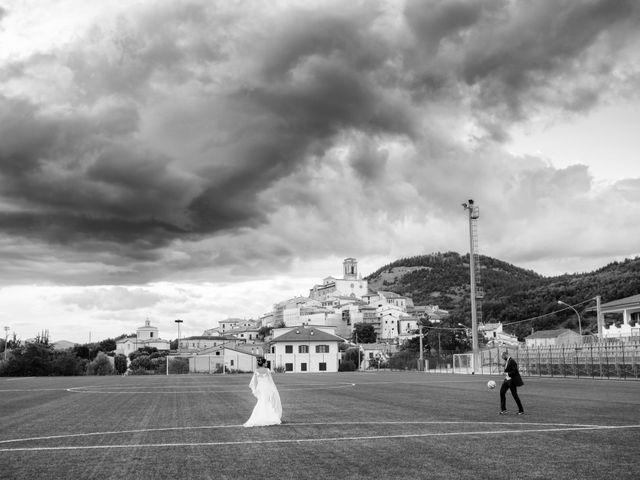 Il matrimonio di Concezio e Raffaella a Vittorito, L'Aquila 17
