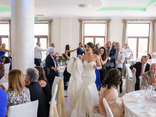 Il matrimonio di Concezio e Raffaella a Vittorito, L'Aquila 23