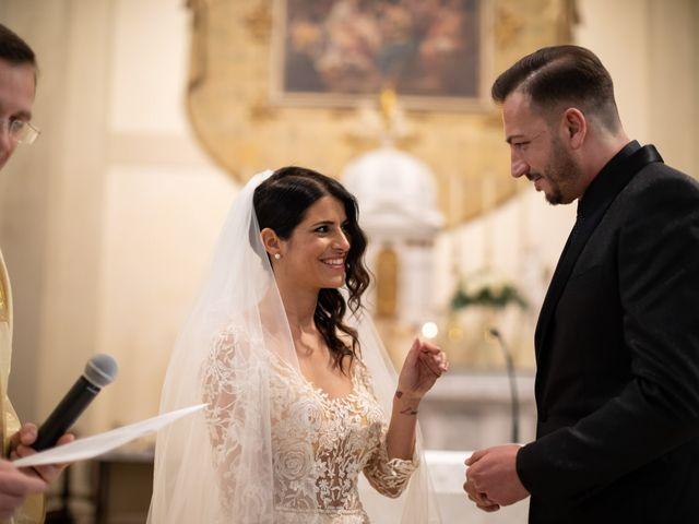 Il matrimonio di Yuri e Monica a Riese Pio X, Treviso 15