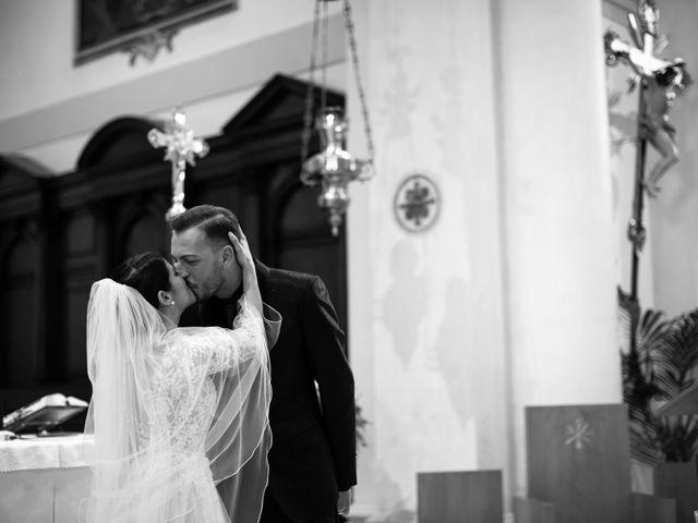 Il matrimonio di Yuri e Monica a Riese Pio X, Treviso 17