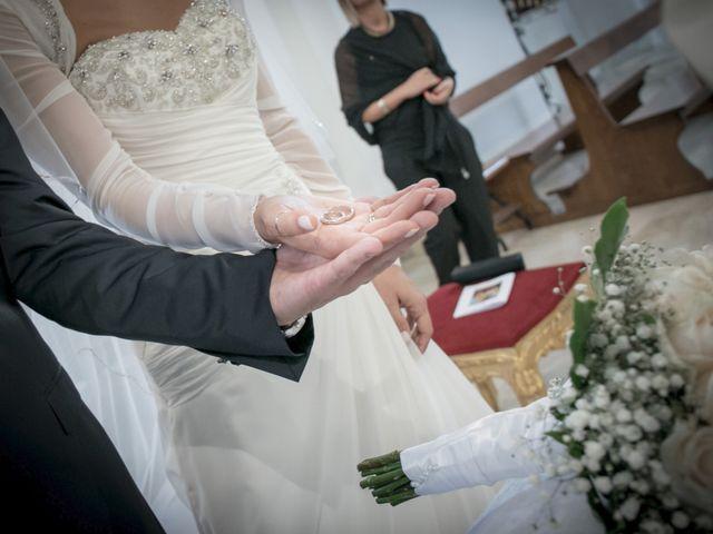Il matrimonio di Michele e Tiziana a San Vito dei Normanni, Brindisi 14