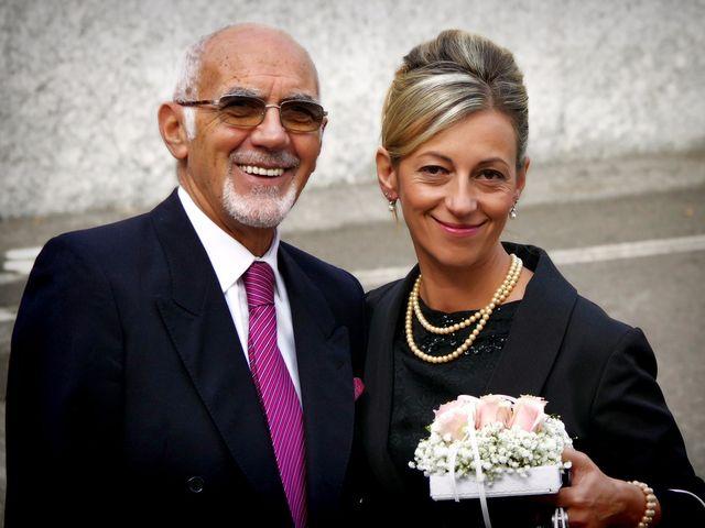 Il matrimonio di Luca e Paola a Mandello del Lario, Lecco 25