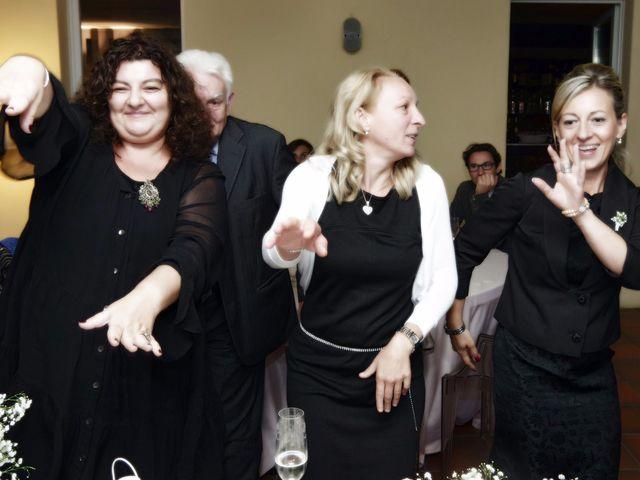 Il matrimonio di Luca e Paola a Mandello del Lario, Lecco 58
