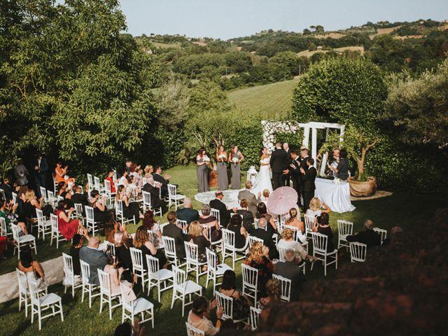 Il matrimonio di Aaron e Sarah a Mogliano, Macerata 28