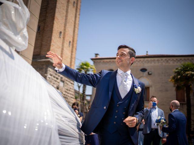 Il matrimonio di Loris e Ilaria a Santa Lucia di Piave, Treviso 24