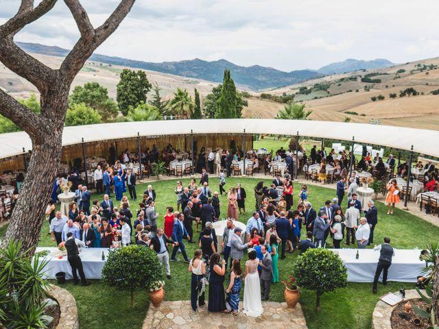 Il matrimonio di Rosario e Angela a Nicosia, Enna 17
