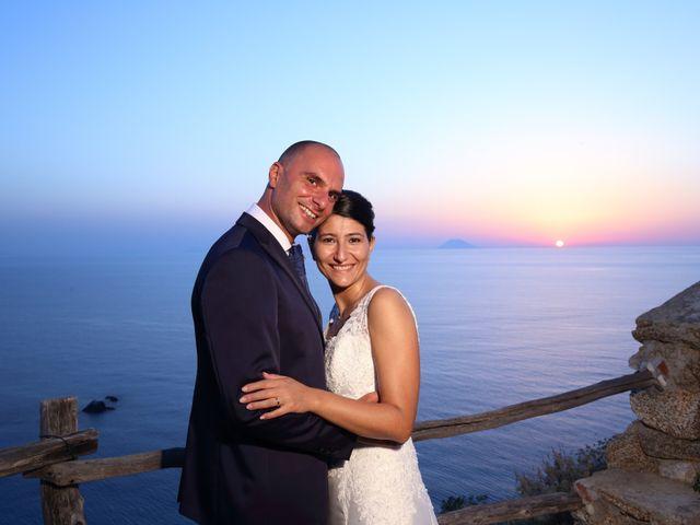 Il matrimonio di Michele e Stefania a Vibo Valentia, Vibo Valentia 44