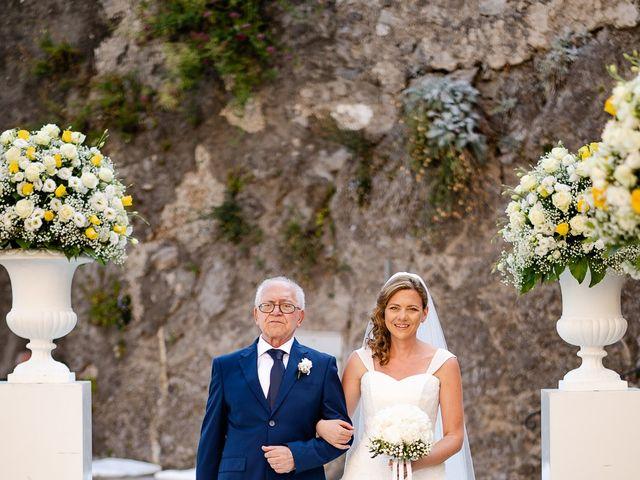 Il matrimonio di Gabriele e Emma a Amalfi, Salerno 32