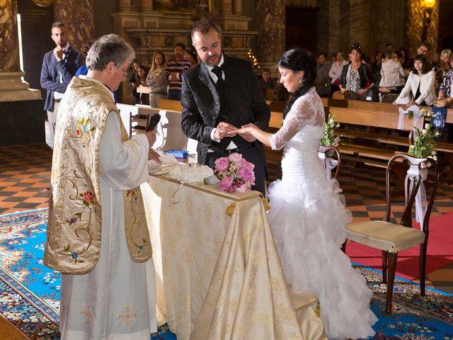 Il matrimonio di Alex e Nunzia a Romanengo, Cremona 33