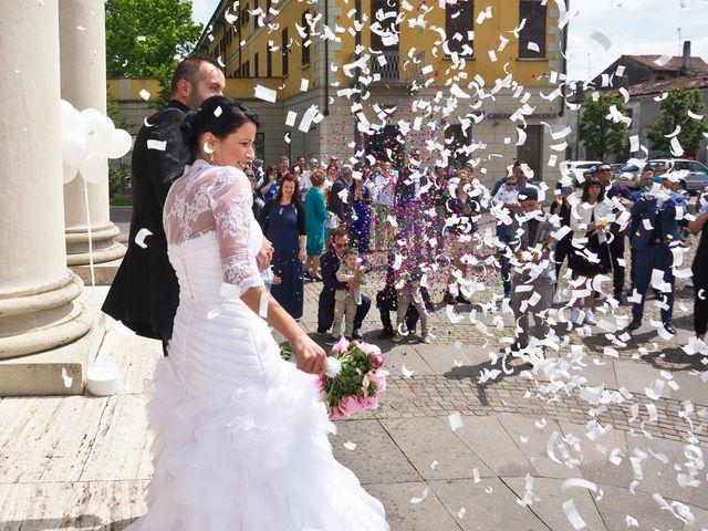 Il matrimonio di Alex e Nunzia a Romanengo, Cremona 38