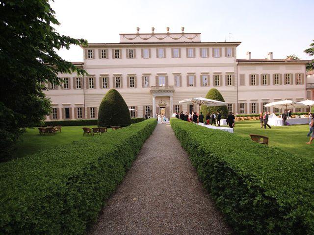 Il matrimonio di Raffaele e Valérie a Corbetta, Milano 14