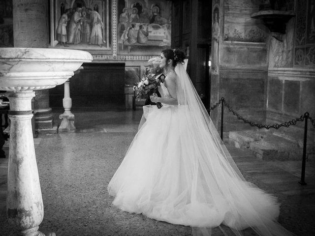 Il matrimonio di Emanuele e Erina a San Gimignano, Siena 31