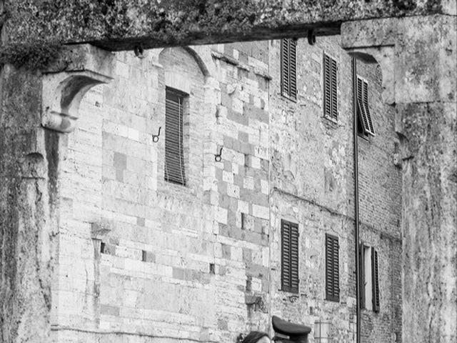Il matrimonio di Emanuele e Erina a San Gimignano, Siena 45