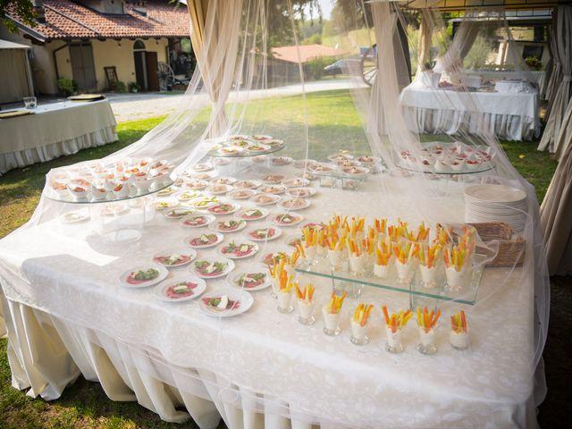 Il matrimonio di Marco e Jaqueline a Roppolo, Biella 14