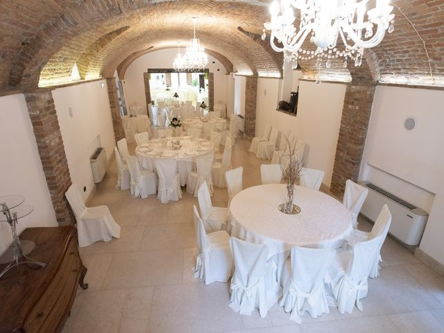 Il matrimonio di Marco e Jaqueline a Roppolo, Biella 32