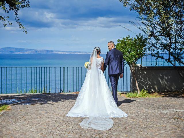 Il matrimonio di Mariateresa e Emiddio a Sorrento, Napoli 17