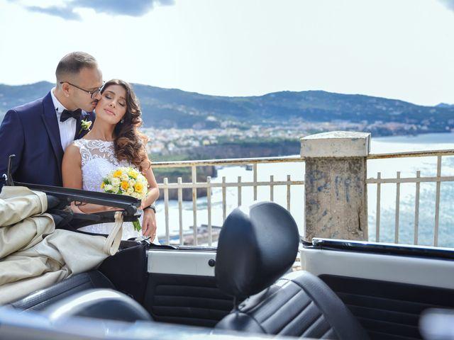 Il matrimonio di Mariateresa e Emiddio a Sorrento, Napoli 35