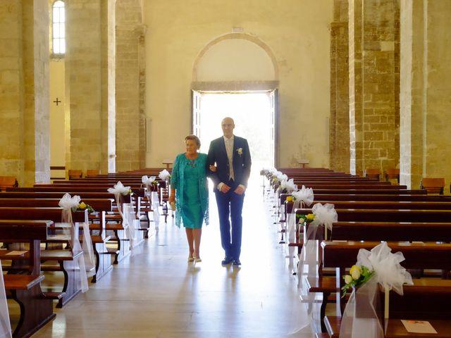 Il matrimonio di Roberto e Silvia a Fossacesia, Chieti 17