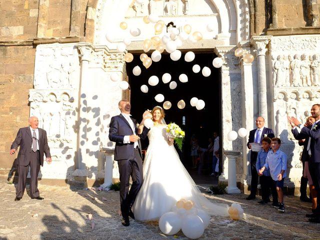 Il matrimonio di Roberto e Silvia a Fossacesia, Chieti 30