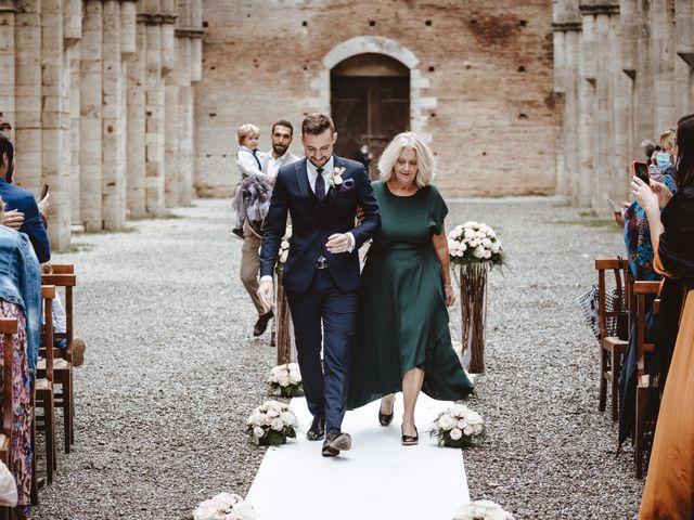 Il matrimonio di Jonathan e Giulia a Chiusdino, Siena 8