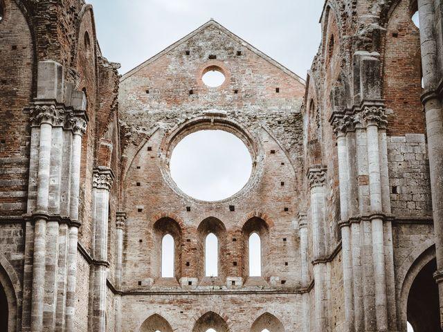 Il matrimonio di Jonathan e Giulia a Chiusdino, Siena 1