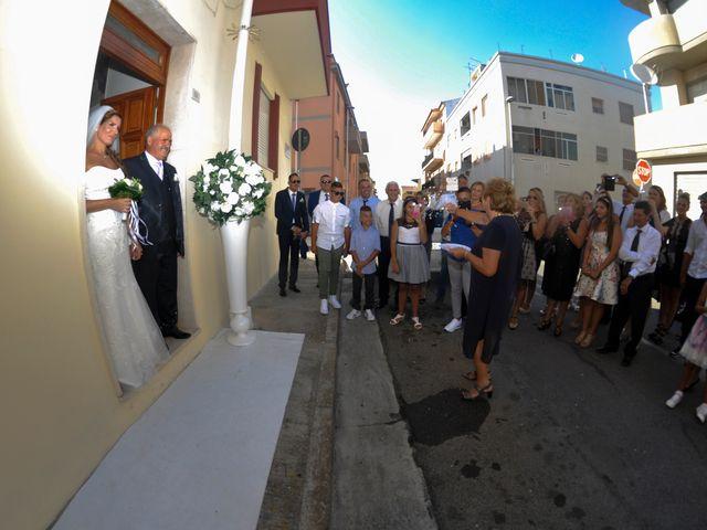 Il matrimonio di Luca e Savina a Uta, Cagliari 14