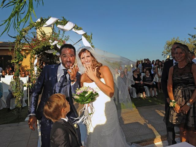 Il matrimonio di Luca e Savina a Uta, Cagliari 57