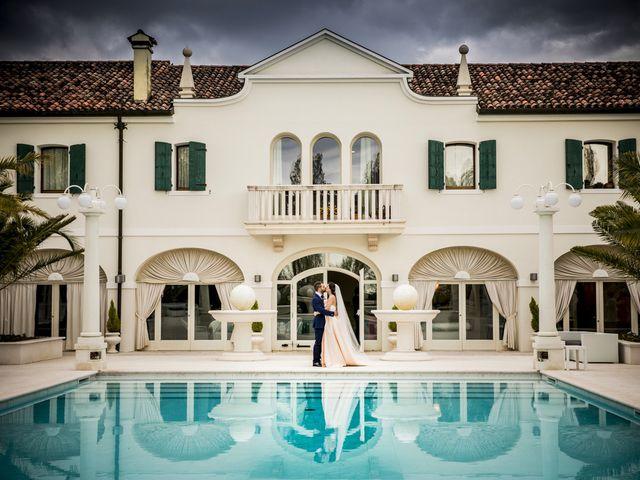 Il matrimonio di Luca e Deborah a Ceggia, Venezia 1