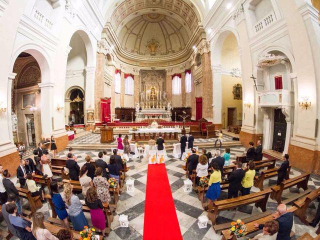 Il matrimonio di Gianluca e Sara a Comacchio, Ferrara 20