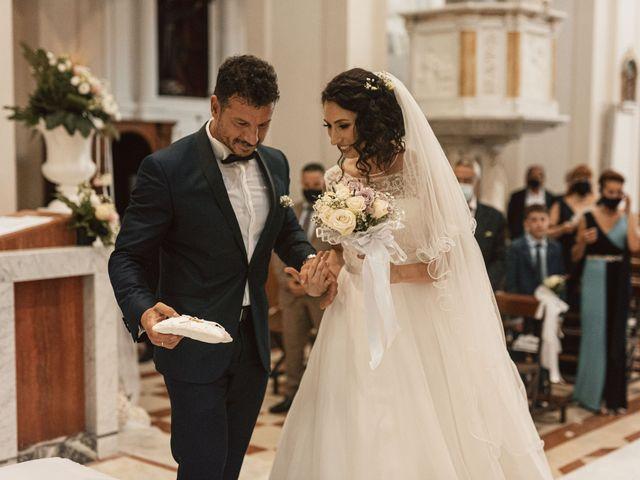 Il matrimonio di Massimiliano e Alessia a Lamezia Terme, Catanzaro 32