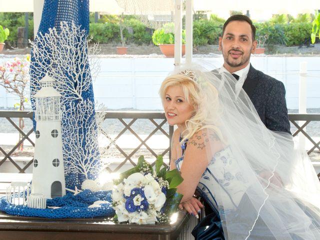 Il matrimonio di Mario e Enza a Fiumefreddo di Sicilia, Catania 43