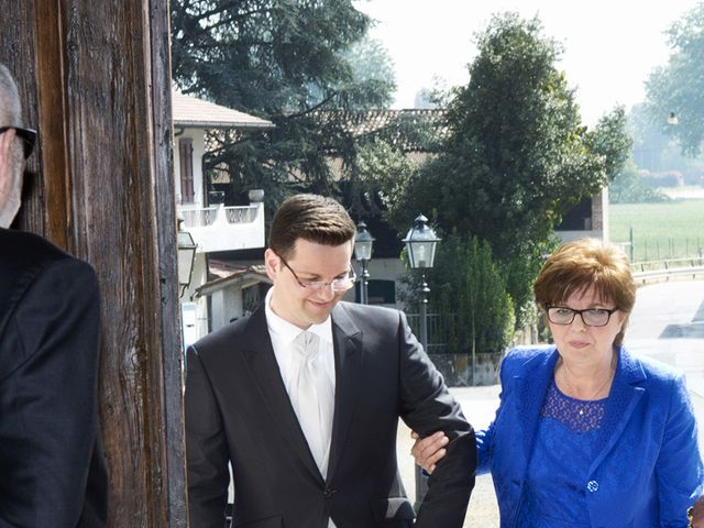 Il matrimonio di Victoria e Matteo a Dello, Brescia 19