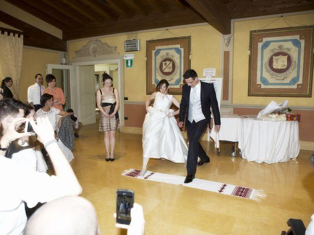Il matrimonio di Victoria e Matteo a Dello, Brescia 73