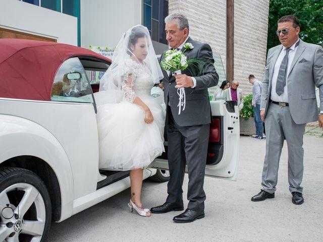Il matrimonio di Matteo e Cinzia a Pesaro, Pesaro - Urbino 31