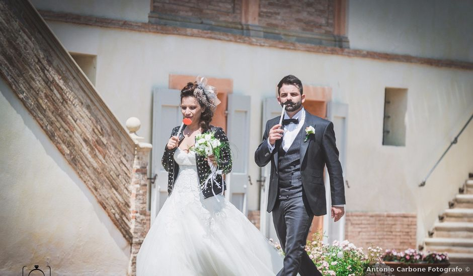 Il matrimonio di Matteo e Cinzia a Pesaro, Pesaro - Urbino